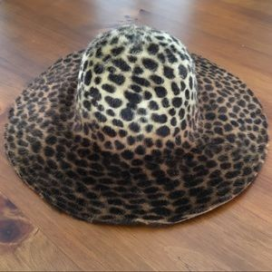 Accessories - Leopard Wide Brimmed Hat